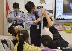 """让学生""""坐得正、伸得直"""" 各省专项监督检查学校课桌椅"""