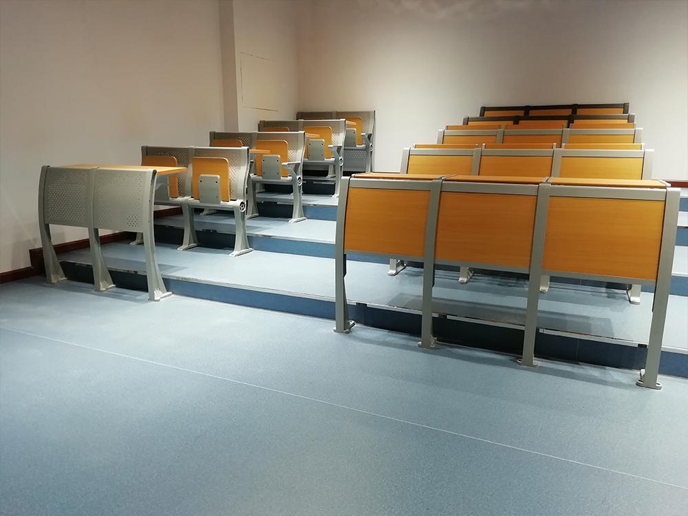 阶梯课桌展厅
